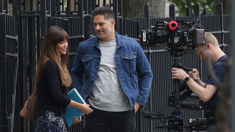 Sofia Vergara and Joe Manganiello filming Stano together in Queens. Photograph courtesy of Splash News.