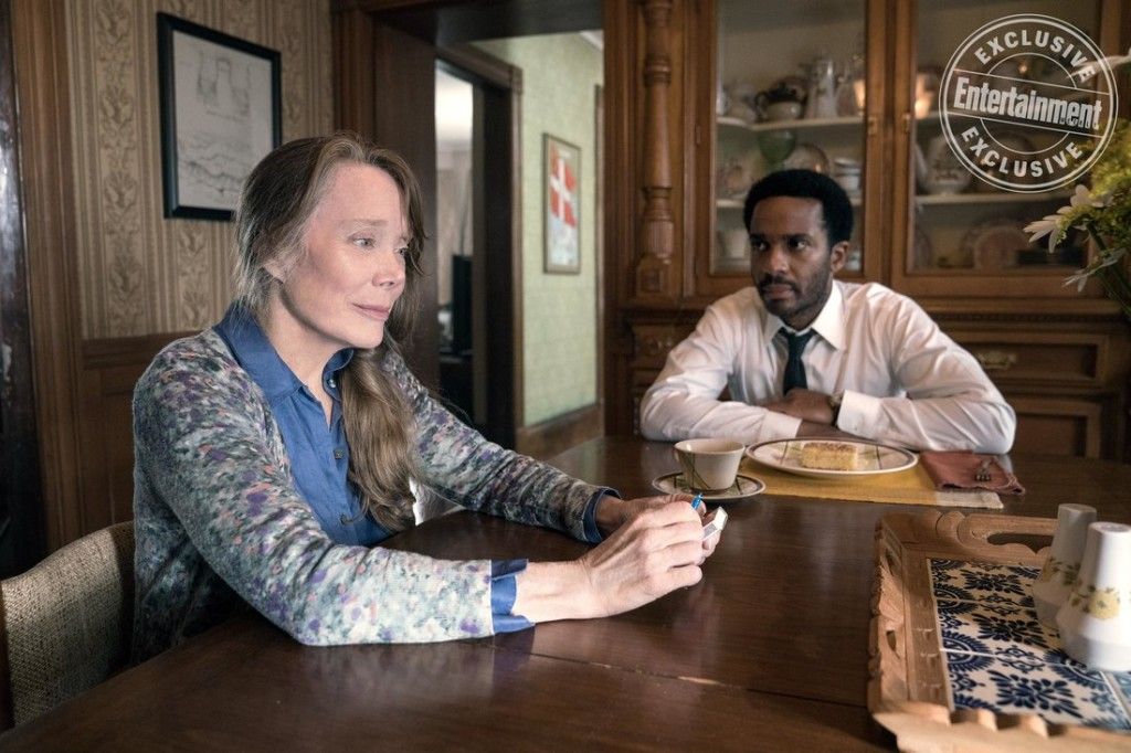 Castle Rock   Episode: Severance Pictured: Sissy Spacek, Andre Holland (Patrick Harbron/Hulu)